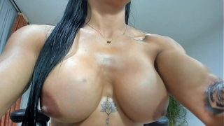 Nickyfox Colombian girl masturbates and shows off on her cam